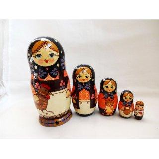 セルギエフパサード産マトリョーシカ 鶏柄5個組み