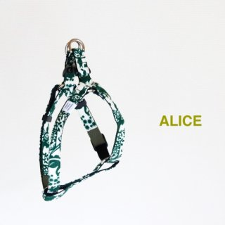 Alice Triangle Harness<br>S / M / L<img class='new_mark_img2' src='https://img.shop-pro.jp/img/new/icons5.gif' style='border:none;display:inline;margin:0px;padding:0px;width:auto;' />