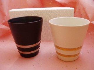 白黒マットペア金銀彩フリーカップ(化粧箱入り)