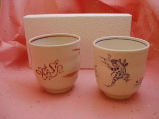 手描き鳥獣戯画ペアフリーカップ(化粧箱入り)