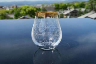 ガラス渕金瓔珞彫グラス