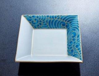 銀彩波文角皿
