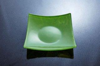 ガラス萌黄四方7寸角皿