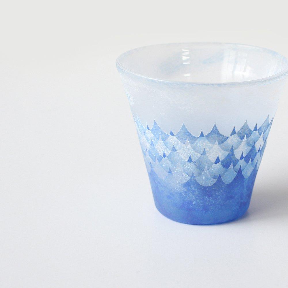 橋村野美知 青い波のカップ