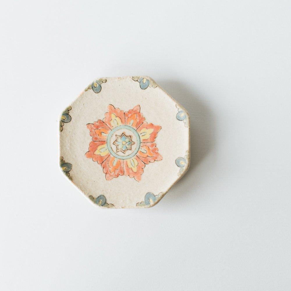 増山文 八角豆皿(赤花)