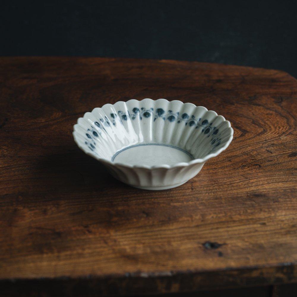 【2021年7月】 志村和晃 (染付オランダ輪花小鉢)  (シ15)