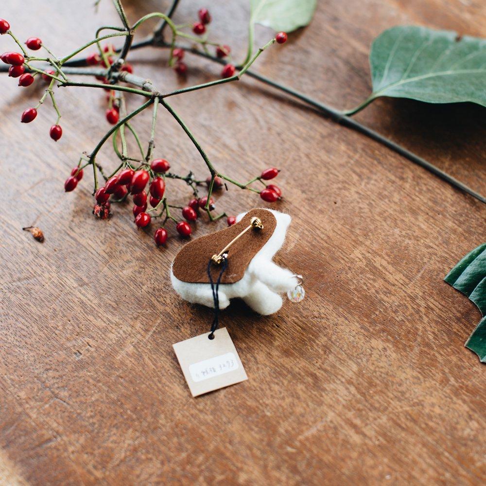 higuma ホッキョクグマのこども (ブローチ)11