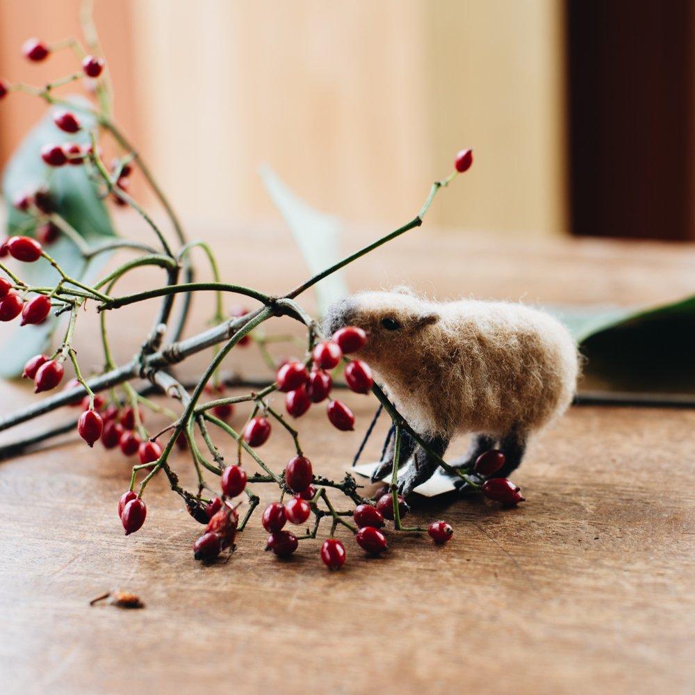 higuma カピバラ (ブローチ)12