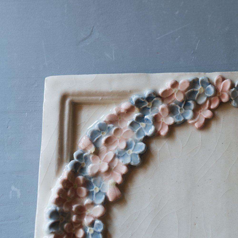 つちのわ スミレ ピンク 角皿 3 4