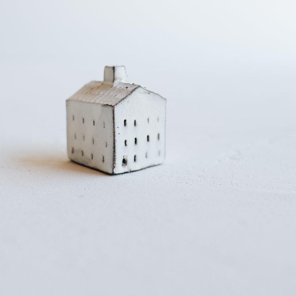 (2020年6月)器のしごと 家のオブジェ  (A7)