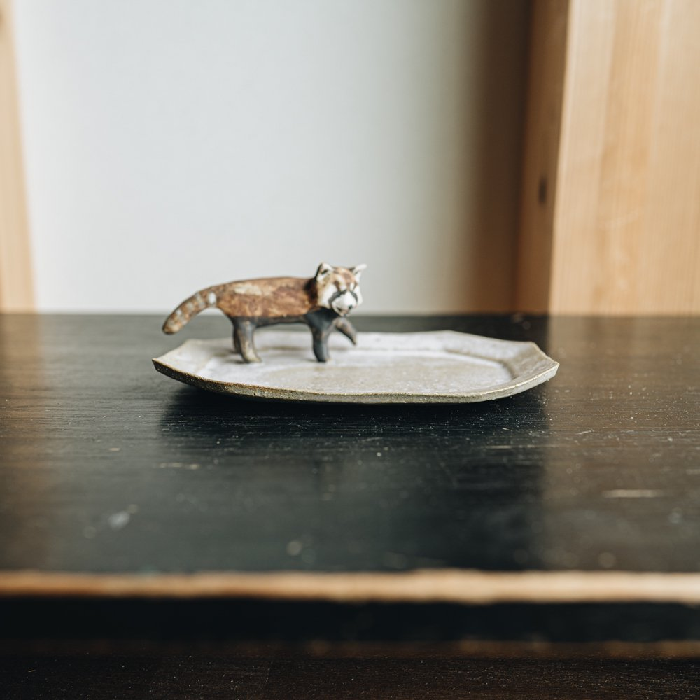 acnepotterystudio (2020年11月) 『レッサーパンダの皿』 A10