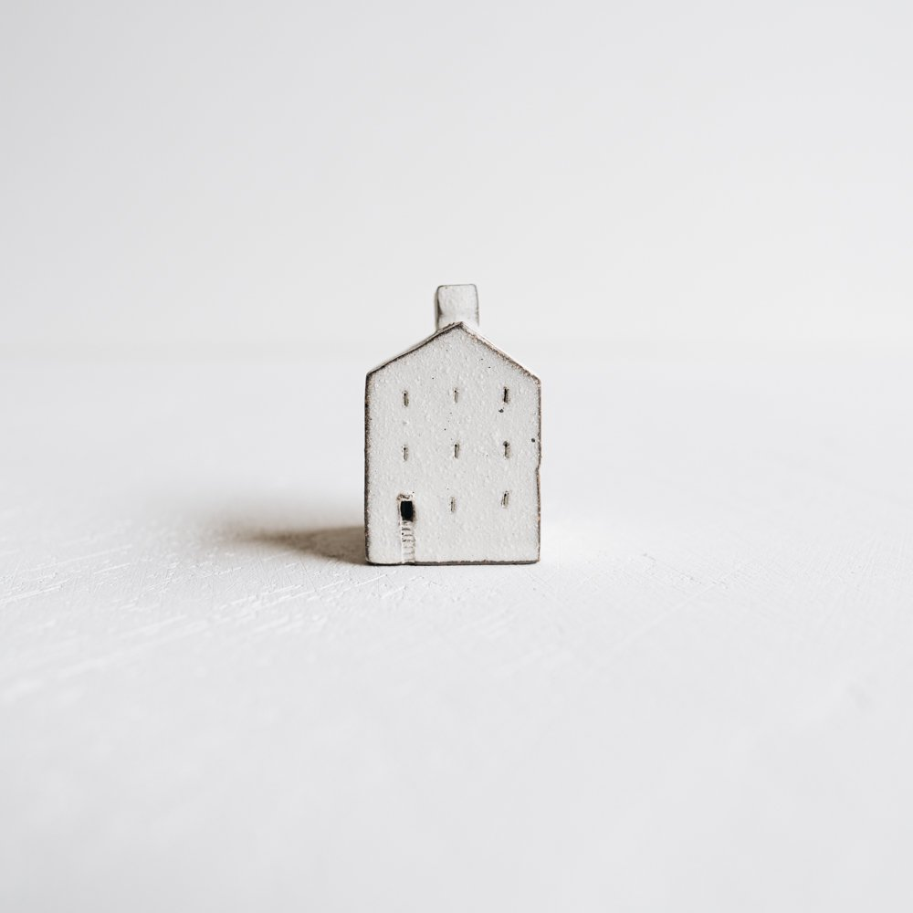 (2020年9月)器のしごと 家のオブジェ  (A7)