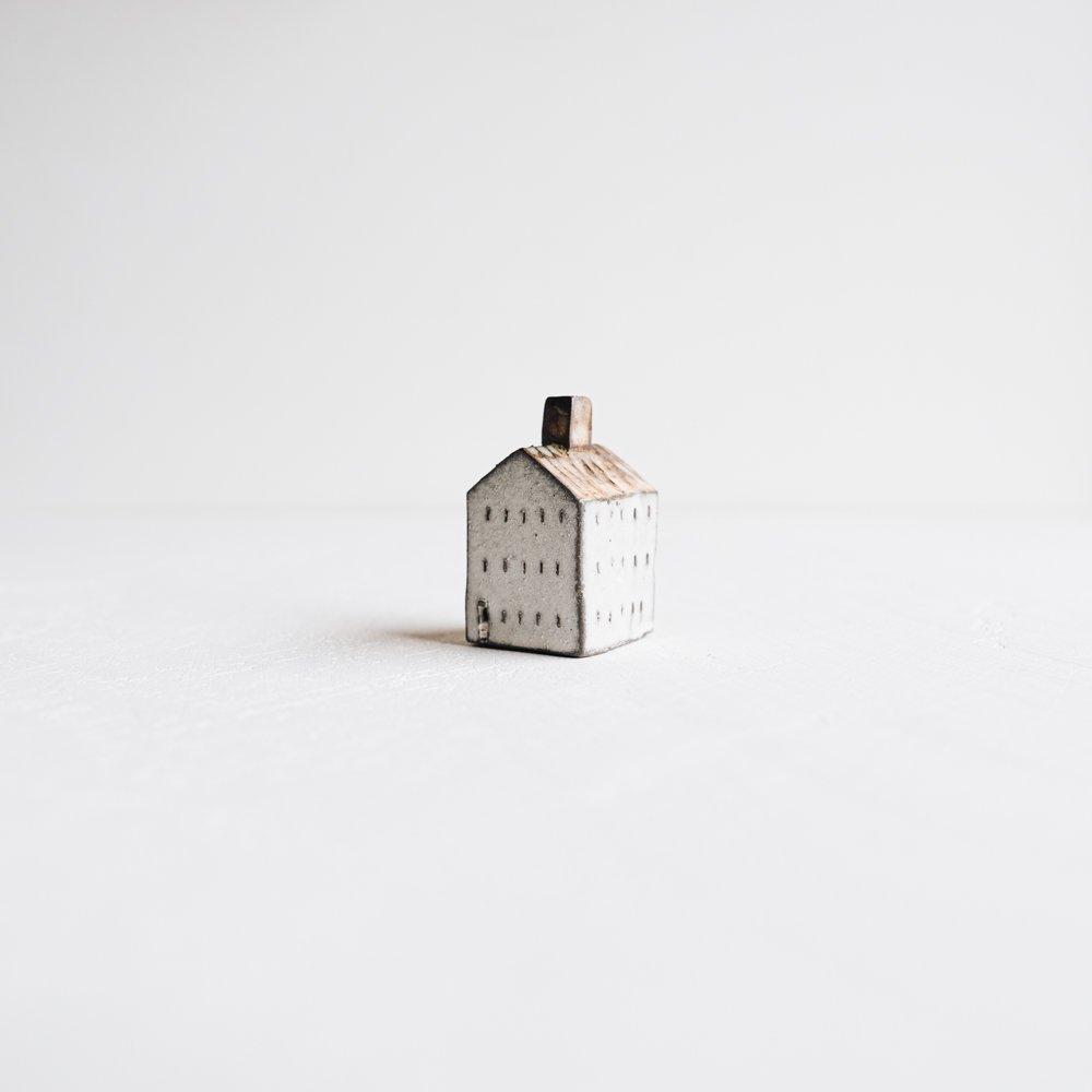 (2020年9月)器のしごと 家のオブジェ  (B8)