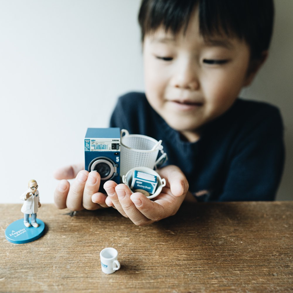 FREDDY LECK MINIATURE LAUNDRY GOODS【02 ウォッシュタブ+洗濯用ブラシ(箱付き)】