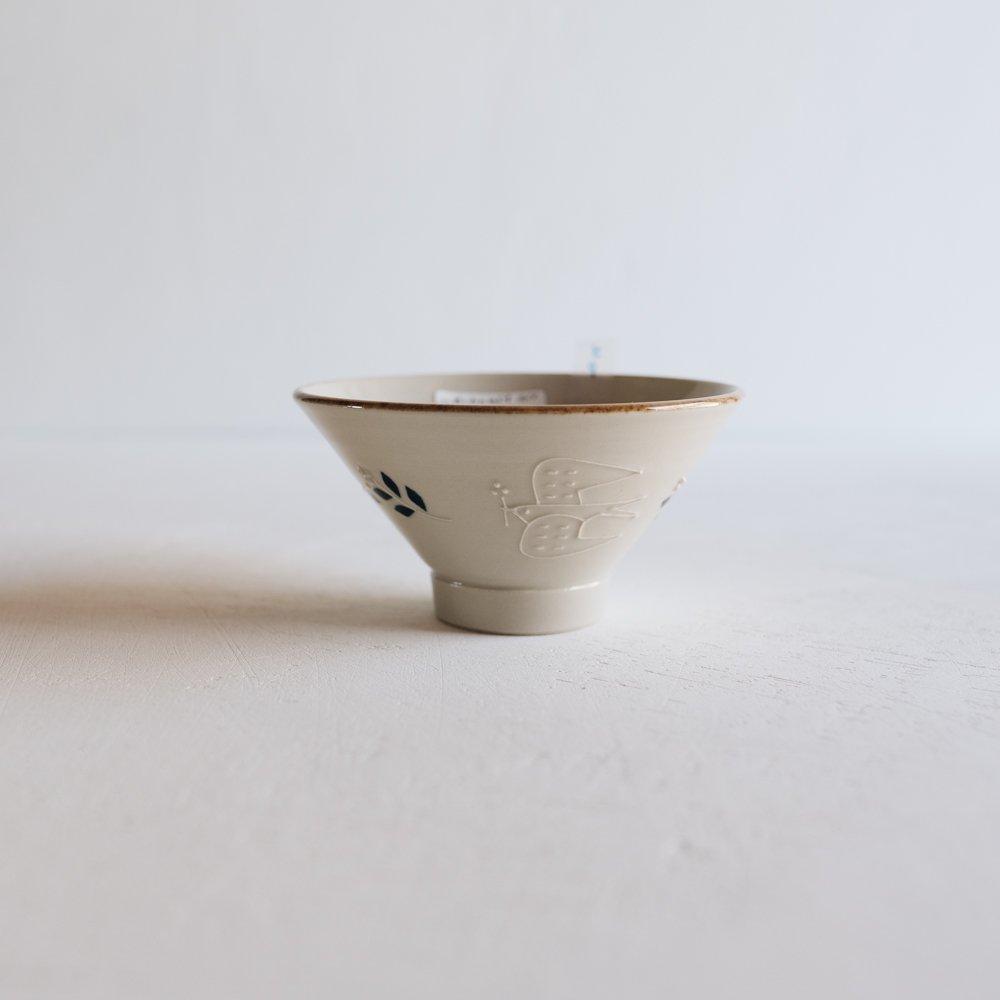 (2021年夏の陶器市)   東峯未央  イッチンツバメ飯わん 4.5寸 と6b