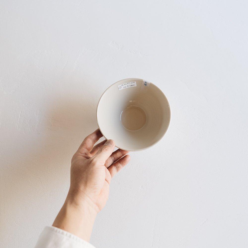 (2021年夏の陶器市)   東峯未央  イッチンシロクマ飯わん 5寸 と7a