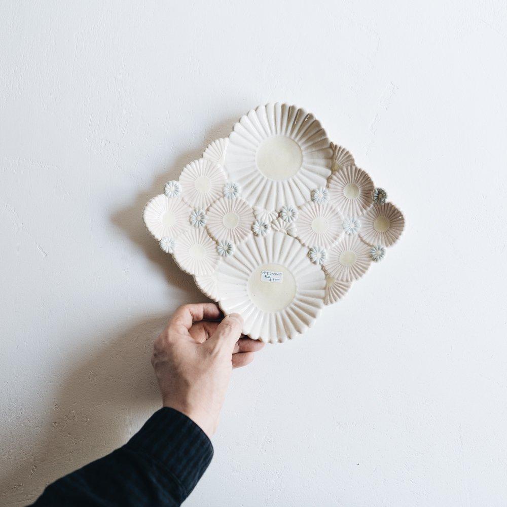 2021年2月20(土)18:00〜「くらしの中のイロドリ展」つちのわ 気まぐれブーケ 角皿  つ23