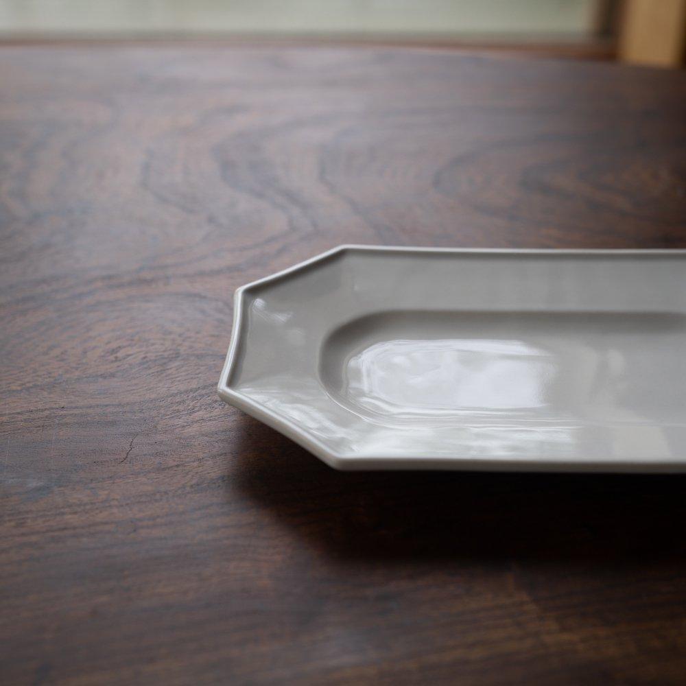 (2021年8月) かもめ製作所 オクトゴナル長皿 白つや釉