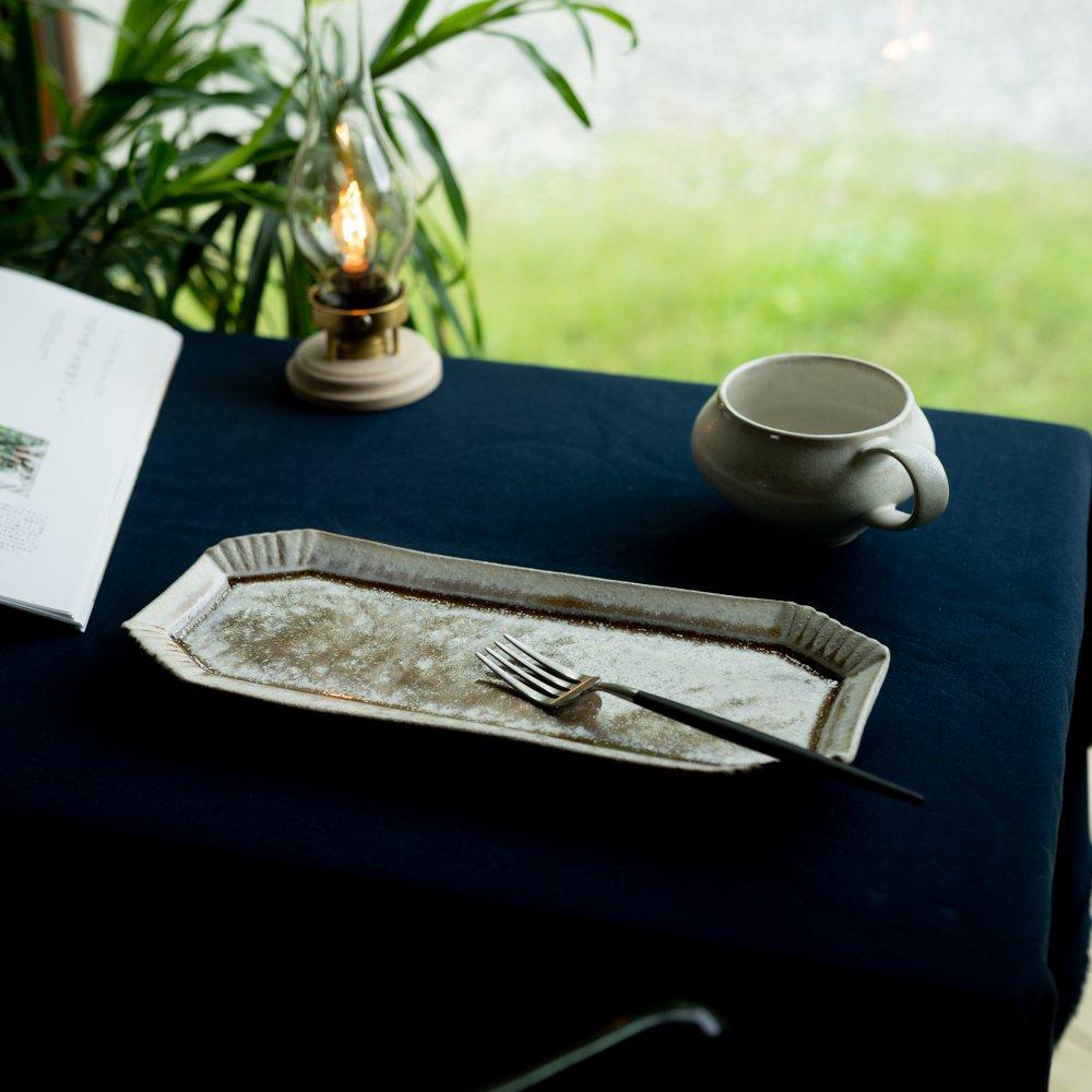 【2021年WEB個展】 広瀬佳子 八角BBロングプレート  (白茶)  (ひ5b)