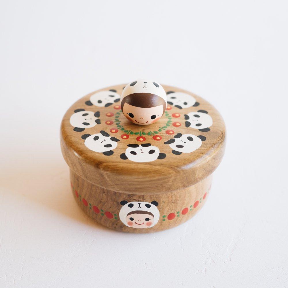 (2021年10月)木絵雑貨 菓子器(タモ) パンダ き3