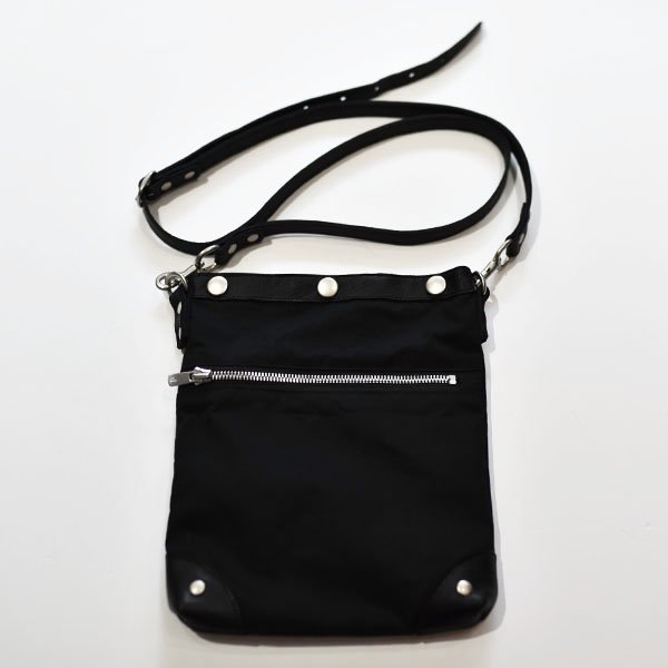 rin / Wax Leather Shoulder Bag