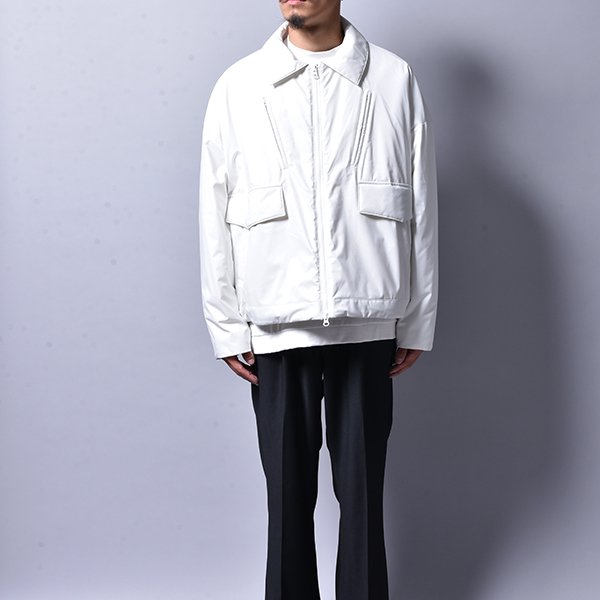 <img class='new_mark_img1' src='https://img.shop-pro.jp/img/new/icons20.gif' style='border:none;display:inline;margin:0px;padding:0px;width:auto;' />JERIH / WHITE UNBLANCED PADDED SPORT JACKET (LAST)