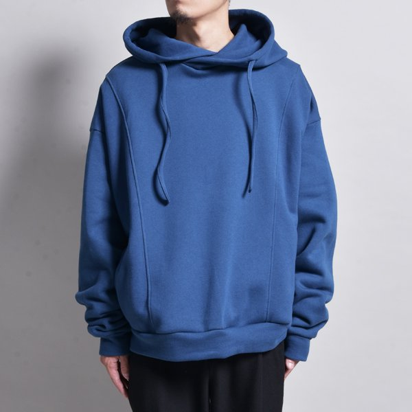 <img class='new_mark_img1' src='https://img.shop-pro.jp/img/new/icons20.gif' style='border:none;display:inline;margin:0px;padding:0px;width:auto;' />rin / Wide Short Loose Hoodie BLUE