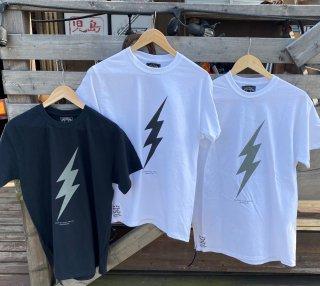 【SKULL FLIGHT】ライトニング FOREVER TO WHEEL ホワイト サイドジップTシャツ スカルフライト