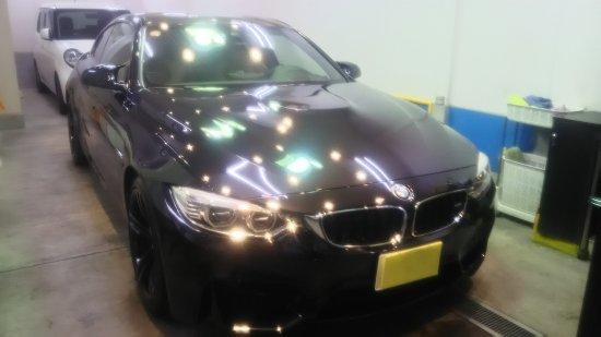 BMWM4・ボディガラスコーティング施工のご依頼!