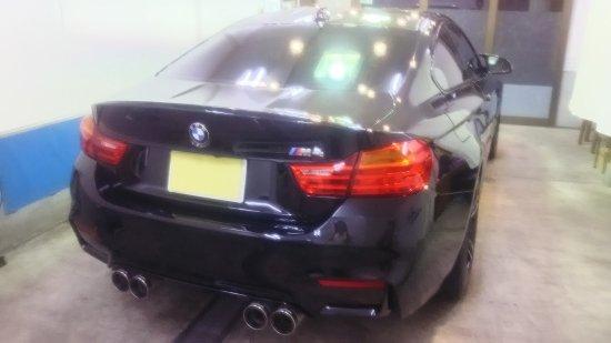 BMWM4・ボディガラスコーティング施工のご依頼!【画像5】