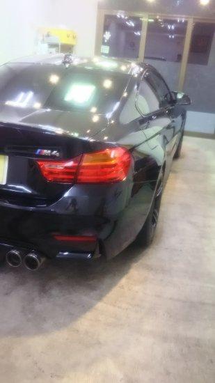 BMWM4・ボディガラスコーティング施工のご依頼!【画像6】