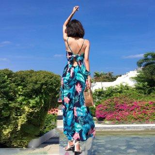 リゾート気分を盛り上げる鮮やかなボタニカル柄♪マキシワンピース