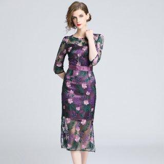 シースルーが大人っぽい◇花柄刺繍タイトワンピース 大きいサイズ