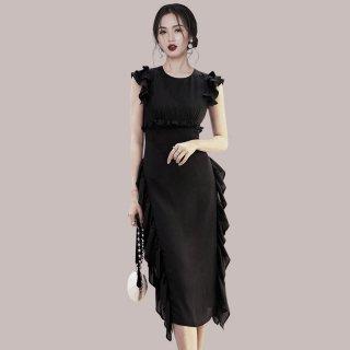 シックでエレガントなブラックドレス◇フリルデザインタイトワンピース