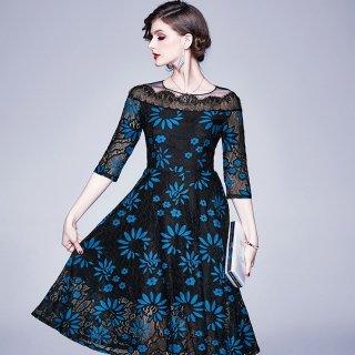 鮮やかブルーの繊細フラワーレース◇リゾート 膝丈ワンピース ドレス 大きいサイズ