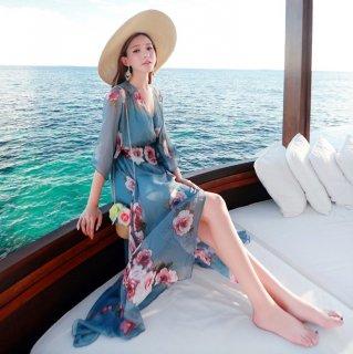 人気の海外デザイン シースルーの花柄ロングガウンとキャミワンピースの2点セット
