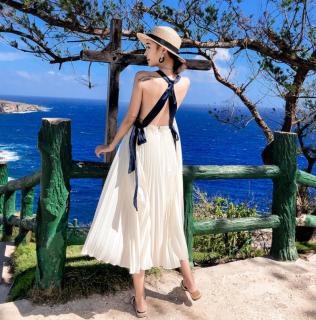 個性的でかわいい海外アイテム クロスリボンのプリーツロング白ワンピース ドレス