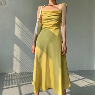 オトナ女子のお呼ばれスタイル エレガントなツヤ感のキャミソールロングワンピース 3色
