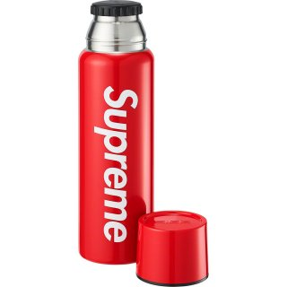 Supreme®/SIGG™ Vacuum Insulated 0.75L Bottle