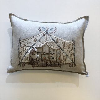 <img class='new_mark_img1' src='https://img.shop-pro.jp/img/new/icons14.gif' style='border:none;display:inline;margin:0px;padding:0px;width:auto;' />CORAL&TUSK   Bear apothecary tent pocket pillow  30×40