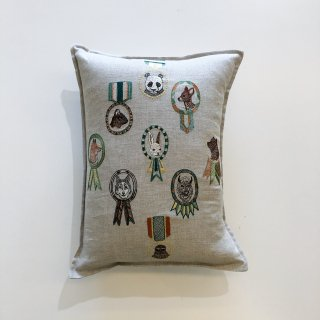 <img class='new_mark_img1' src='https://img.shop-pro.jp/img/new/icons14.gif' style='border:none;display:inline;margin:0px;padding:0px;width:auto;' />CORAL&TUSK   Merit badges pillow  30×40