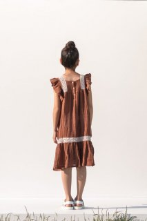 <img class='new_mark_img1' src='https://img.shop-pro.jp/img/new/icons20.gif' style='border:none;display:inline;margin:0px;padding:0px;width:auto;' />the new society    Narcisse Dress /caramel   30%off. 3y 4y 6y