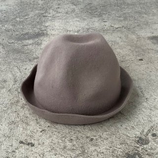 <img class='new_mark_img1' src='https://img.shop-pro.jp/img/new/icons20.gif' style='border:none;display:inline;margin:0px;padding:0px;width:auto;' />MOUN TEN.    mountain hat /  greige  S last one! 30%off