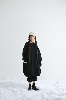<img class='new_mark_img1' src='https://img.shop-pro.jp/img/new/icons20.gif' style='border:none;display:inline;margin:0px;padding:0px;width:auto;' />UNIONINI   ○△ sweat long dress  / black    4−6y last one!  30%off