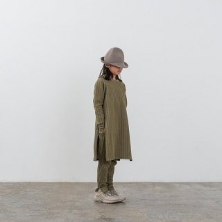 <img class='new_mark_img1' src='https://img.shop-pro.jp/img/new/icons20.gif' style='border:none;display:inline;margin:0px;padding:0px;width:auto;' />MOUN TEN.    stripe quilt side slit dress / khaki  95cm last one! 30%off