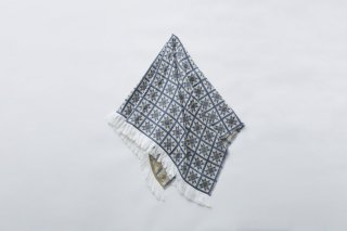 <img class='new_mark_img1' src='https://img.shop-pro.jp/img/new/icons14.gif' style='border:none;display:inline;margin:0px;padding:0px;width:auto;' />eLfin Folk  Amish quilt blanket / smoke blue