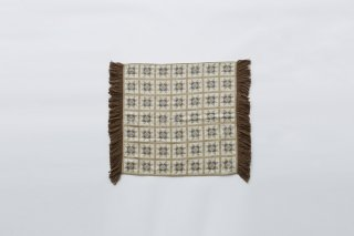 <img class='new_mark_img1' src='https://img.shop-pro.jp/img/new/icons14.gif' style='border:none;display:inline;margin:0px;padding:0px;width:auto;' />eLfin Folk  quilt baby ket / beige