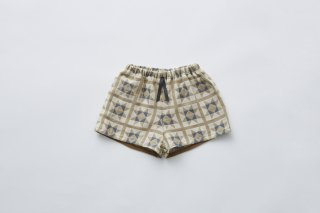 <img class='new_mark_img1' src='https://img.shop-pro.jp/img/new/icons14.gif' style='border:none;display:inline;margin:0px;padding:0px;width:auto;' />eLfin Folk  Amish quilt shorts / beige