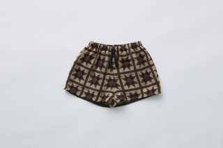 <img class='new_mark_img1' src='https://img.shop-pro.jp/img/new/icons14.gif' style='border:none;display:inline;margin:0px;padding:0px;width:auto;' />eLfin Folk  Amish quilt shorts / brown