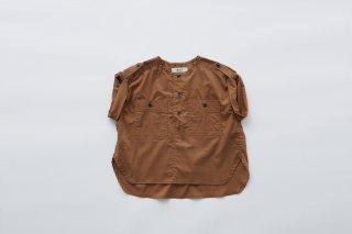 <img class='new_mark_img1' src='https://img.shop-pro.jp/img/new/icons14.gif' style='border:none;display:inline;margin:0px;padding:0px;width:auto;' />eLfin Folk  cotton lawn safari shirts / brown 120cm last one!